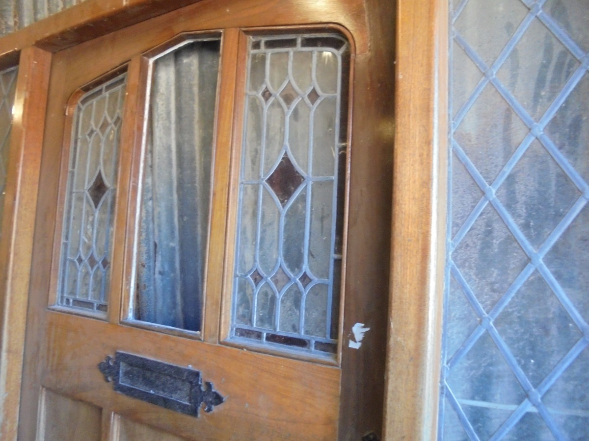 900 #976834 Hard Wood Front Door With Frame And Stained Glass Panels. This Door  pic Stained Glass Panels For Front Doors 40211200