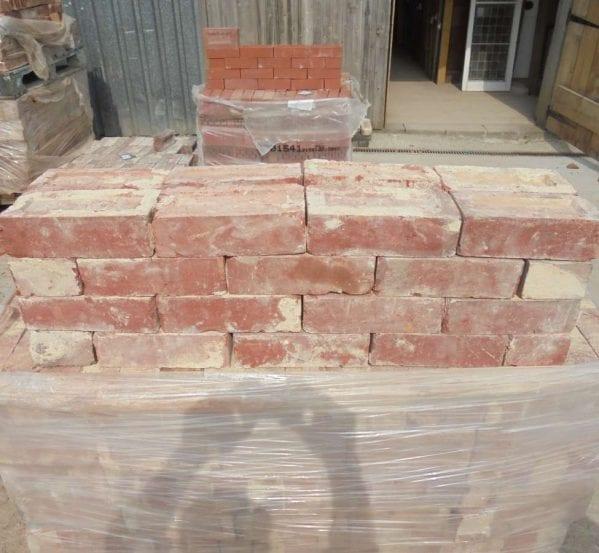 Reclaimed Red Pressed Clay Bricks