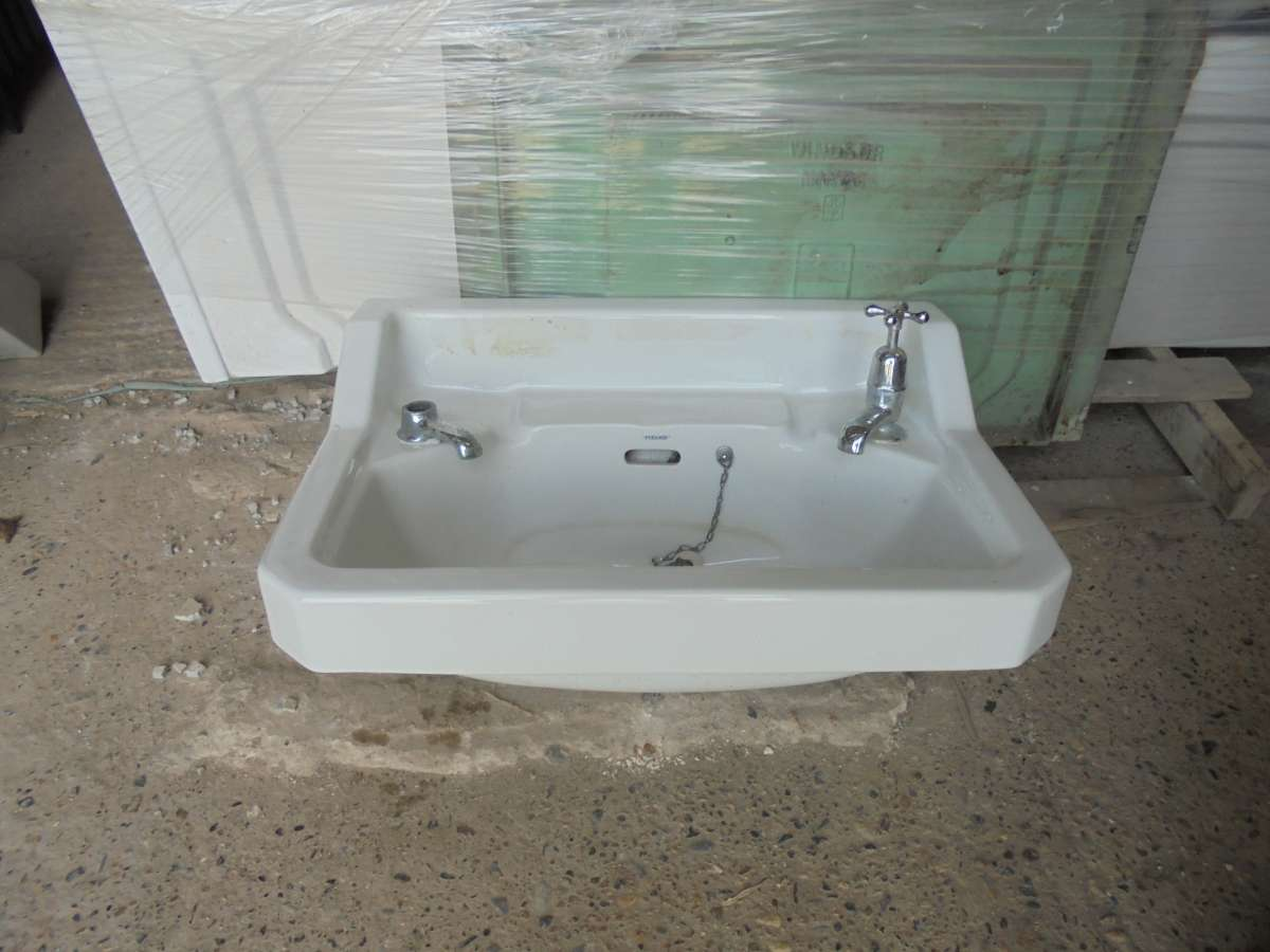 Pyramid bathroom sink for Recycled bathroom sinks