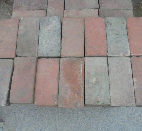Reclaimed paving bricks batch