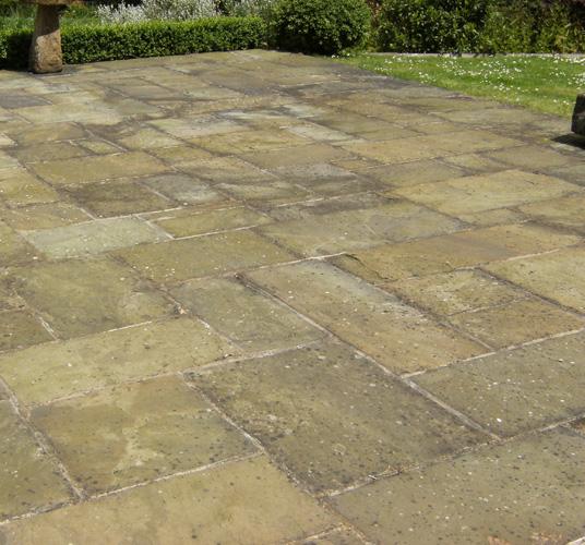 Stone Paving Stones : Reclaimed york stone paving flags for sevenoaks