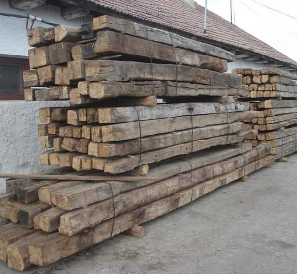 Old reclaimed oak beams imported from Romania