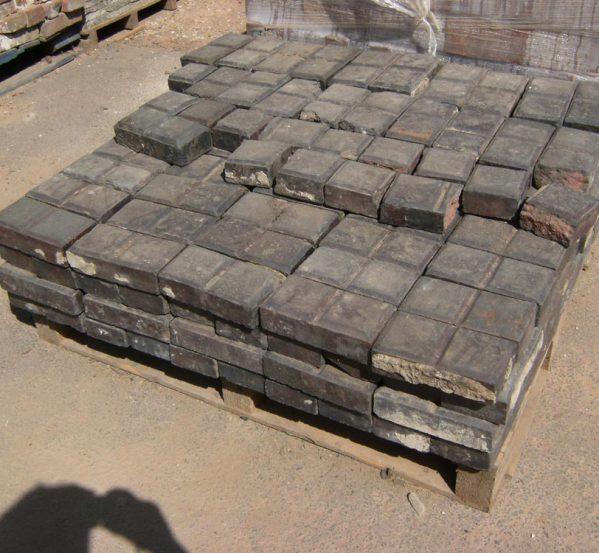 stable bricks