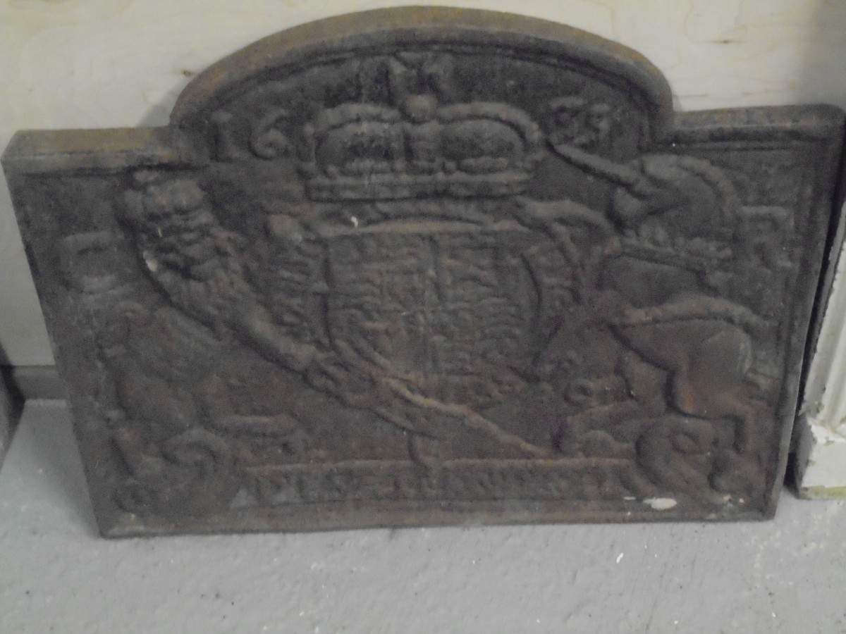 cast iron fire back - Authentic Reclamation