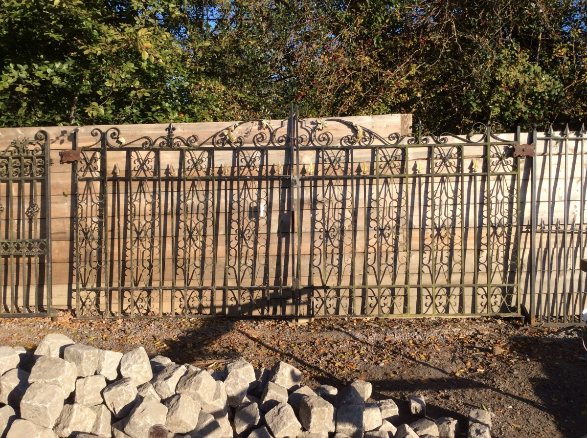 Reclaimed Wide Double Gate Authentic Reclamation