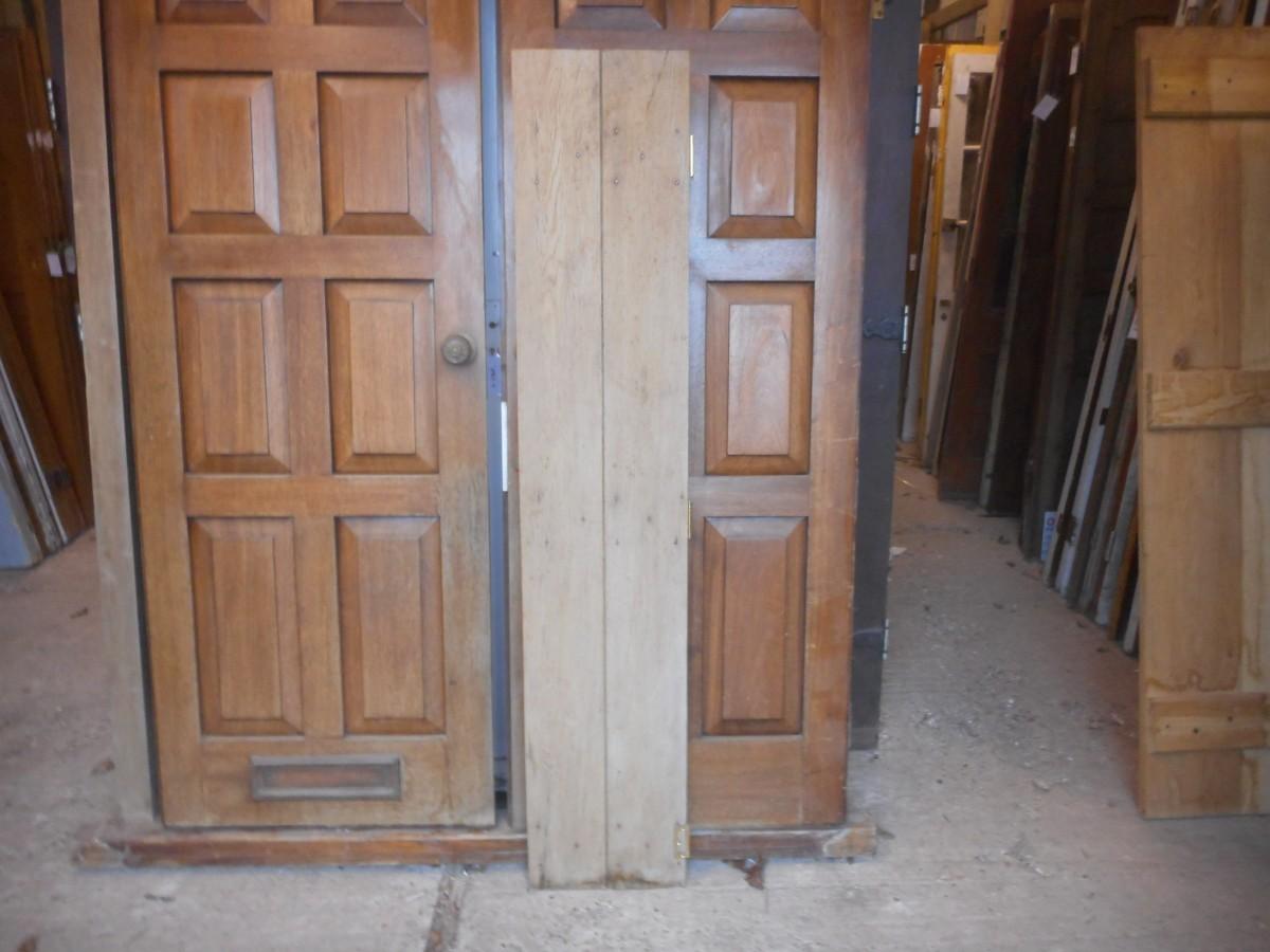 Ledge and brace oak doors - An Oak Ledge And Brace Style Cupboard Door