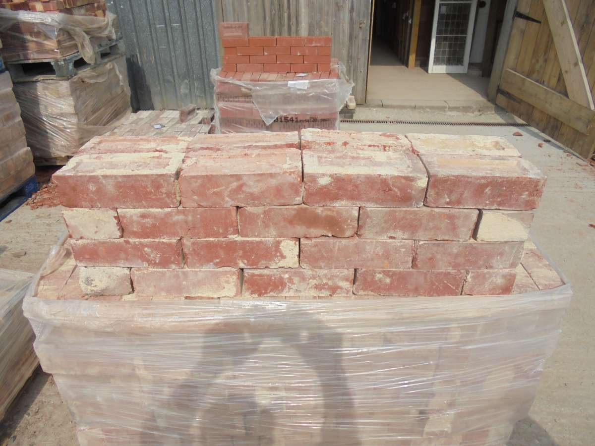 Reclaimed Red Pressed Clay Bricks
