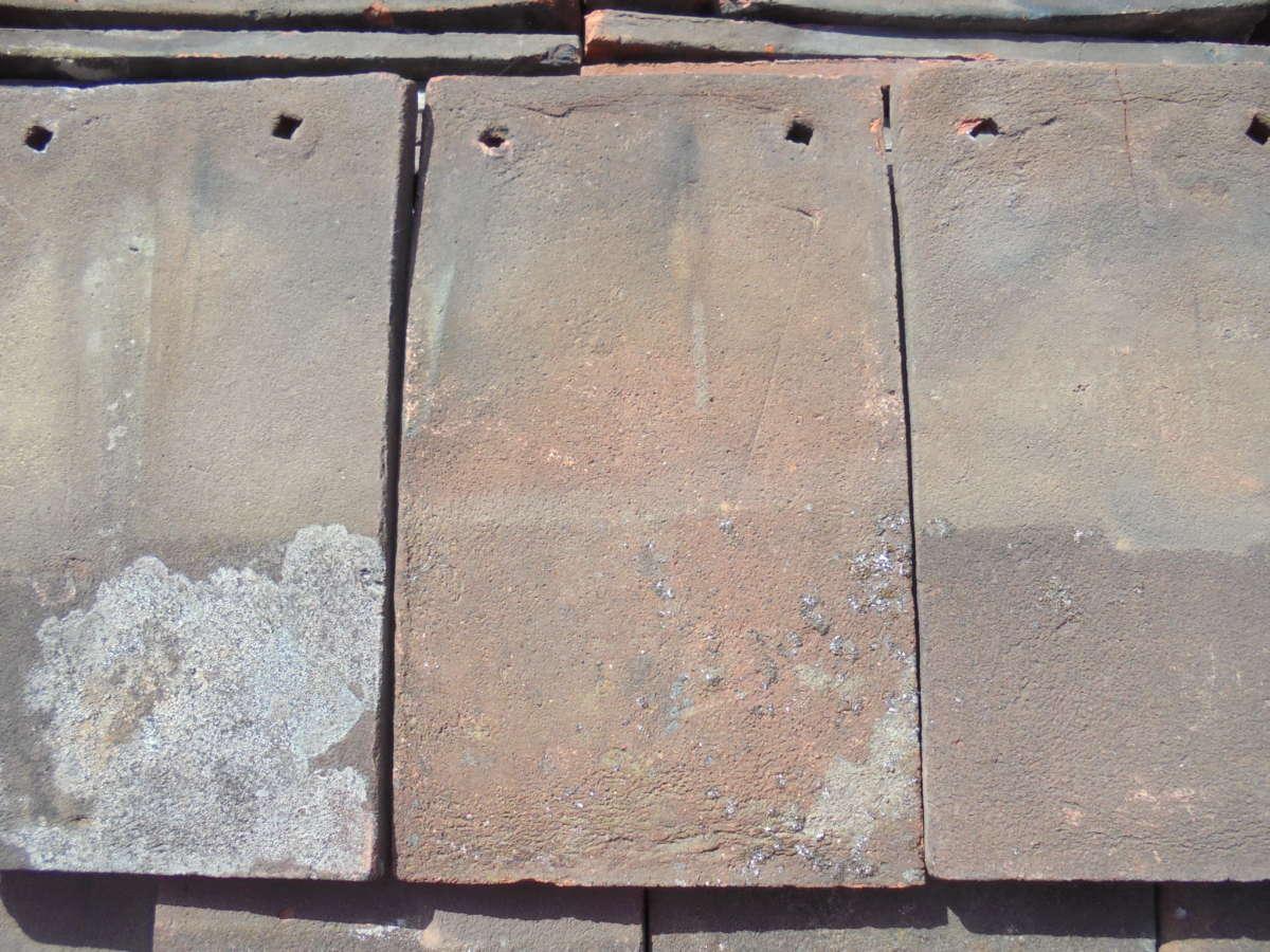 Handmade reclaimed roofing peg tiles