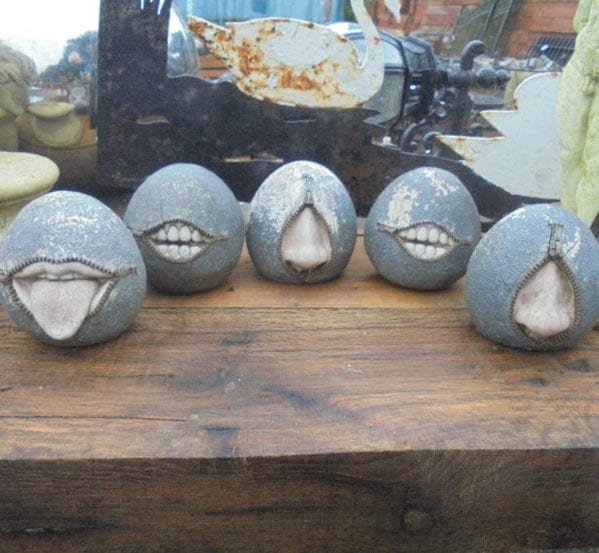 Small Reclaimed Zip Stones