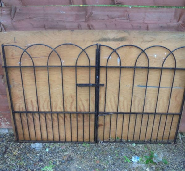 Rounded Iron Wrought Gate Railing Set