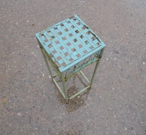 Reclaimed Pot Stand