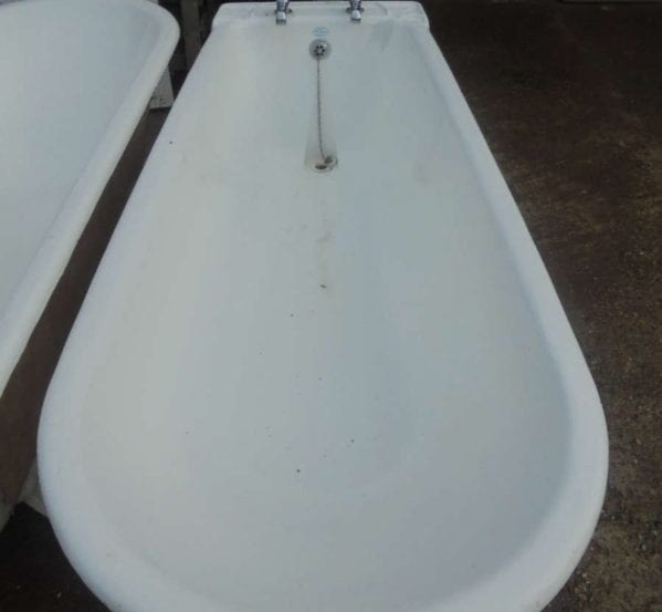 Late Victorian Roll Top Bath