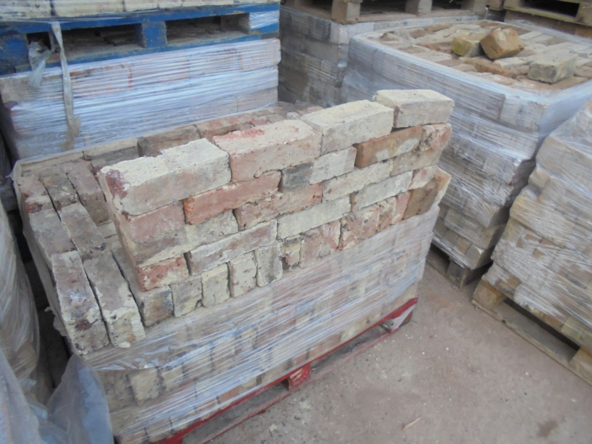 Reclaimed Walling Stock Bricks