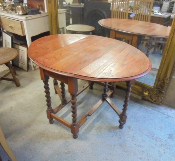 Reclaimed Gate-leg Table