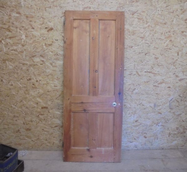 Stripped Smooth 4 Panelled Door