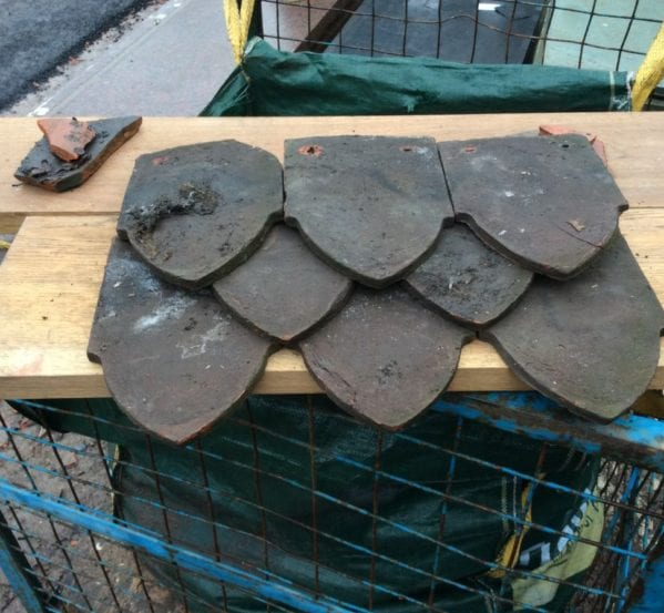 Reclaimed Dark Shield Clay Tile