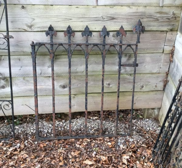 Single Cast Iron Gate