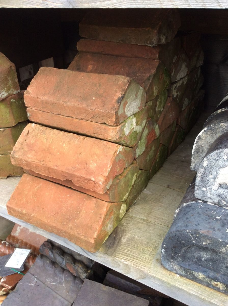 Reclaimed Handmade Pointed Coping Bricks