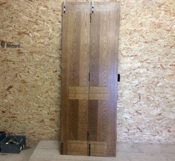 Flat Front Oak Bi Fold Door
