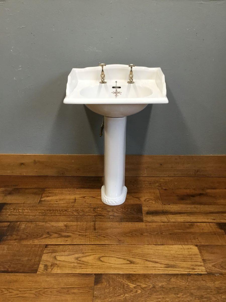 B C Sanitan Sink & Pedestal