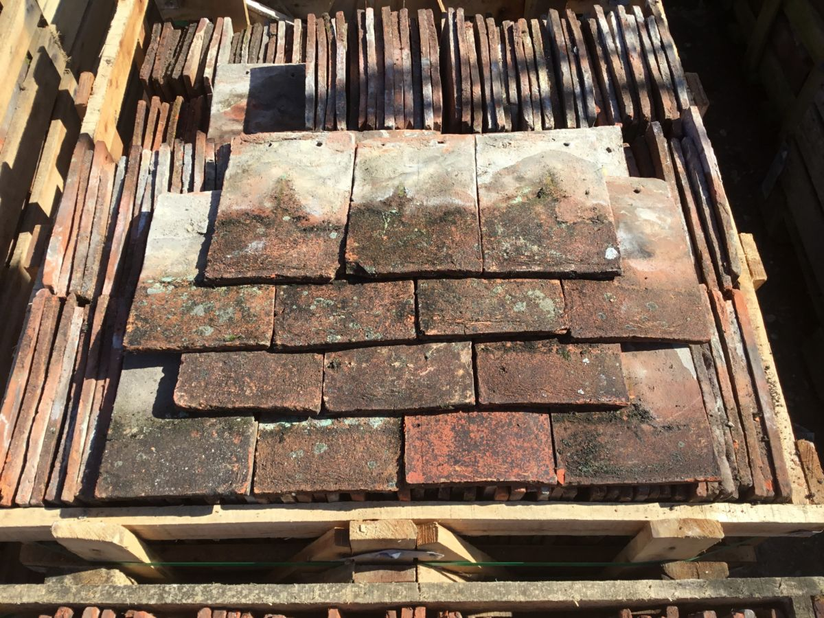 Reclaimed Dark Weatherd Peg Tiles