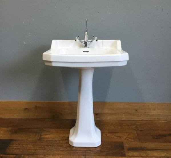 Savoy Sink & Pedestal