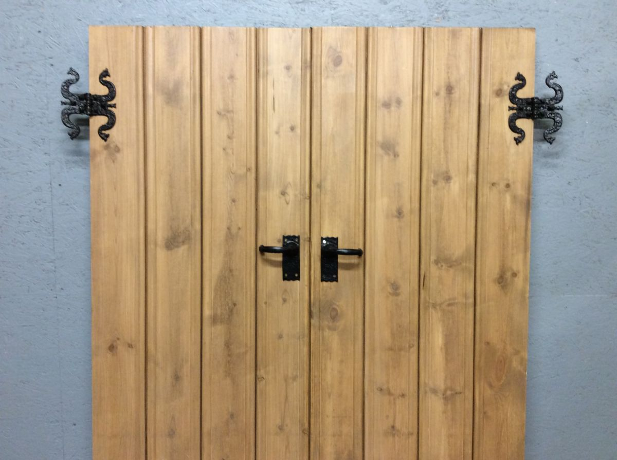 Ledge & Brace Double Doors