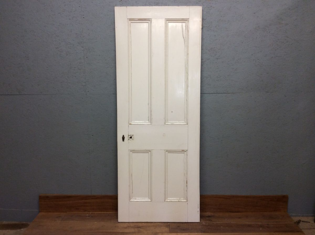 White 4 Panel Doorr