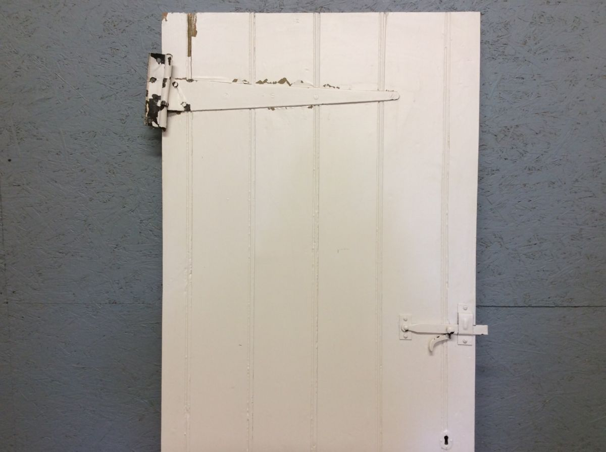 White Ledge & Brace Door