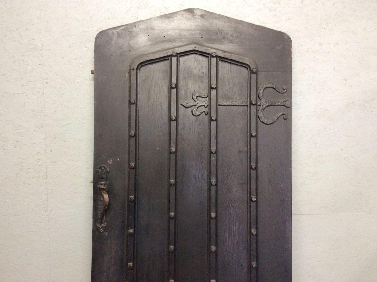 Heavy Black Ledge & Brace Front door