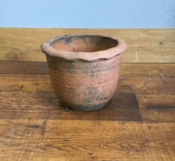 Terracotta Frill Pot