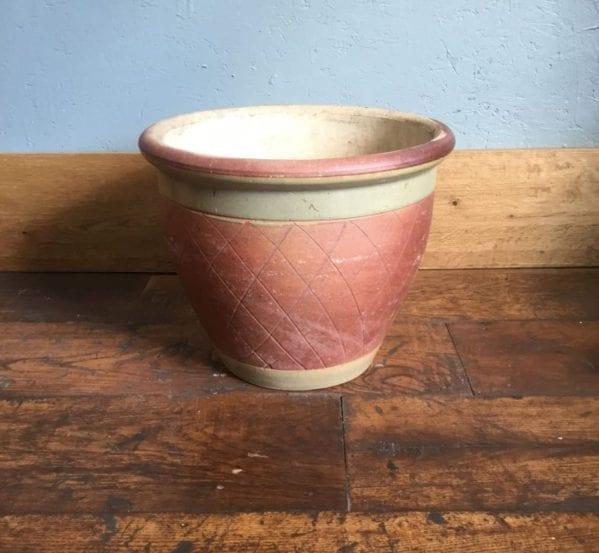 Glazed Hatched Pot Green Band