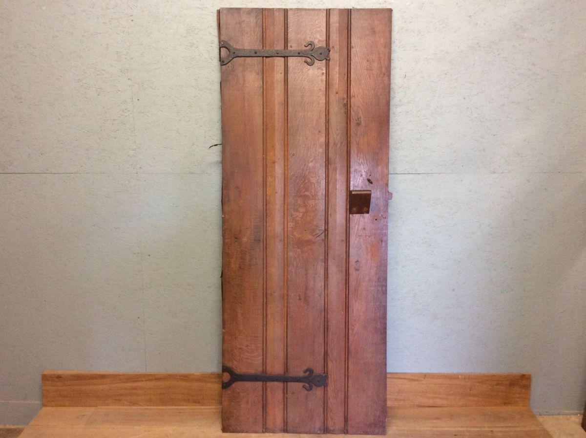 Oak Ledge & Brace Door