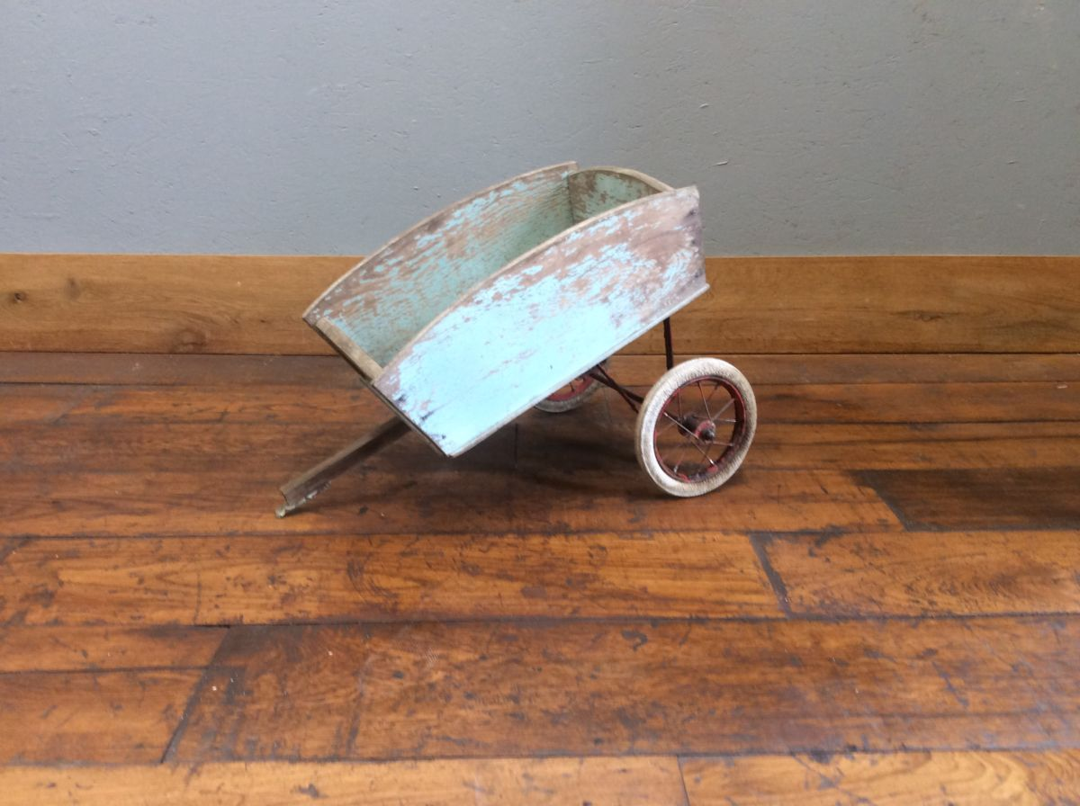 Small Wooden Bicycle Carriage