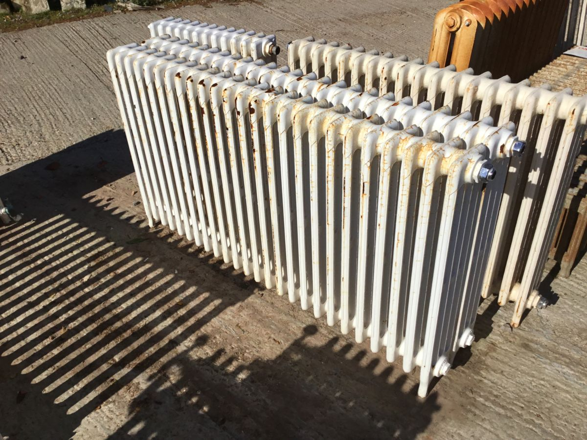 Mid Height Long Reclaimed 4 Bar Radiator