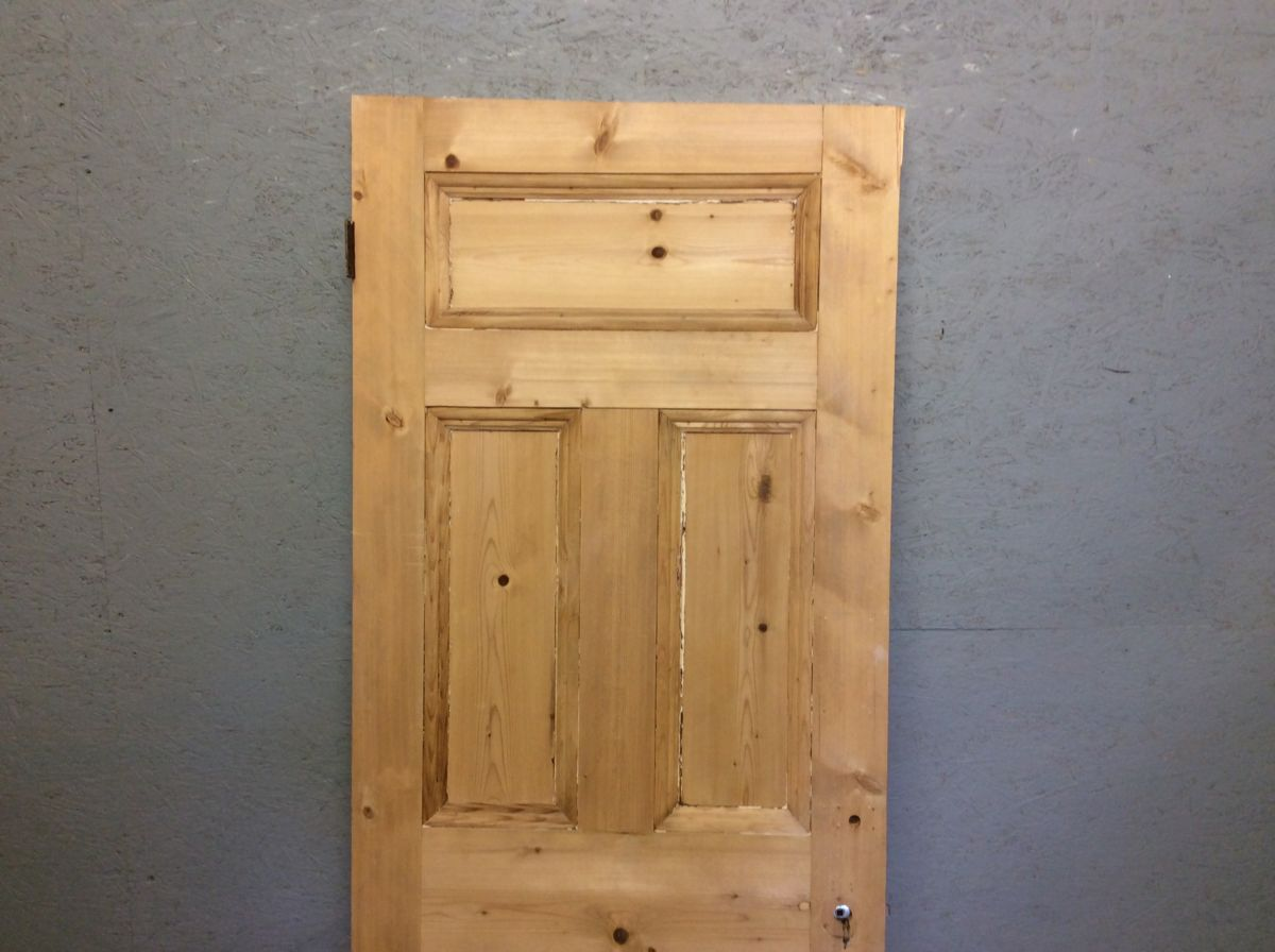 Smooth 5 Panelled Stripped Door