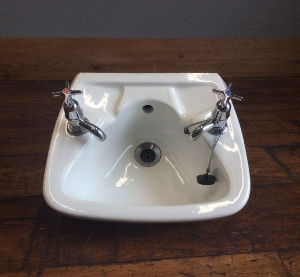 Small Hand Sink With Taps