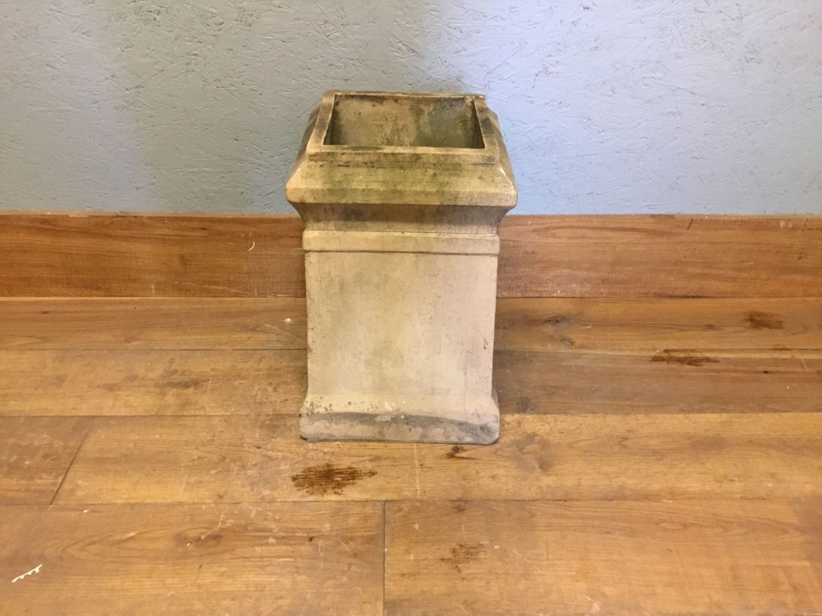 Short Square Buff Reclaimed Chimney Pot