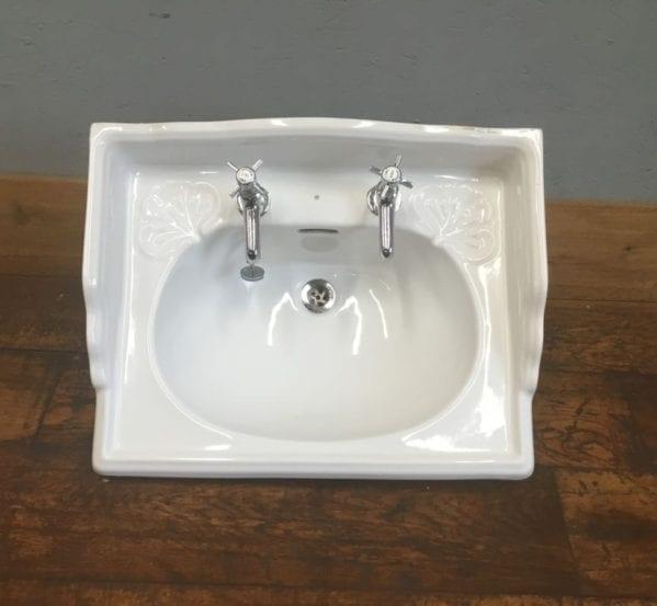 Leaf Pattern Soap Dish Basin