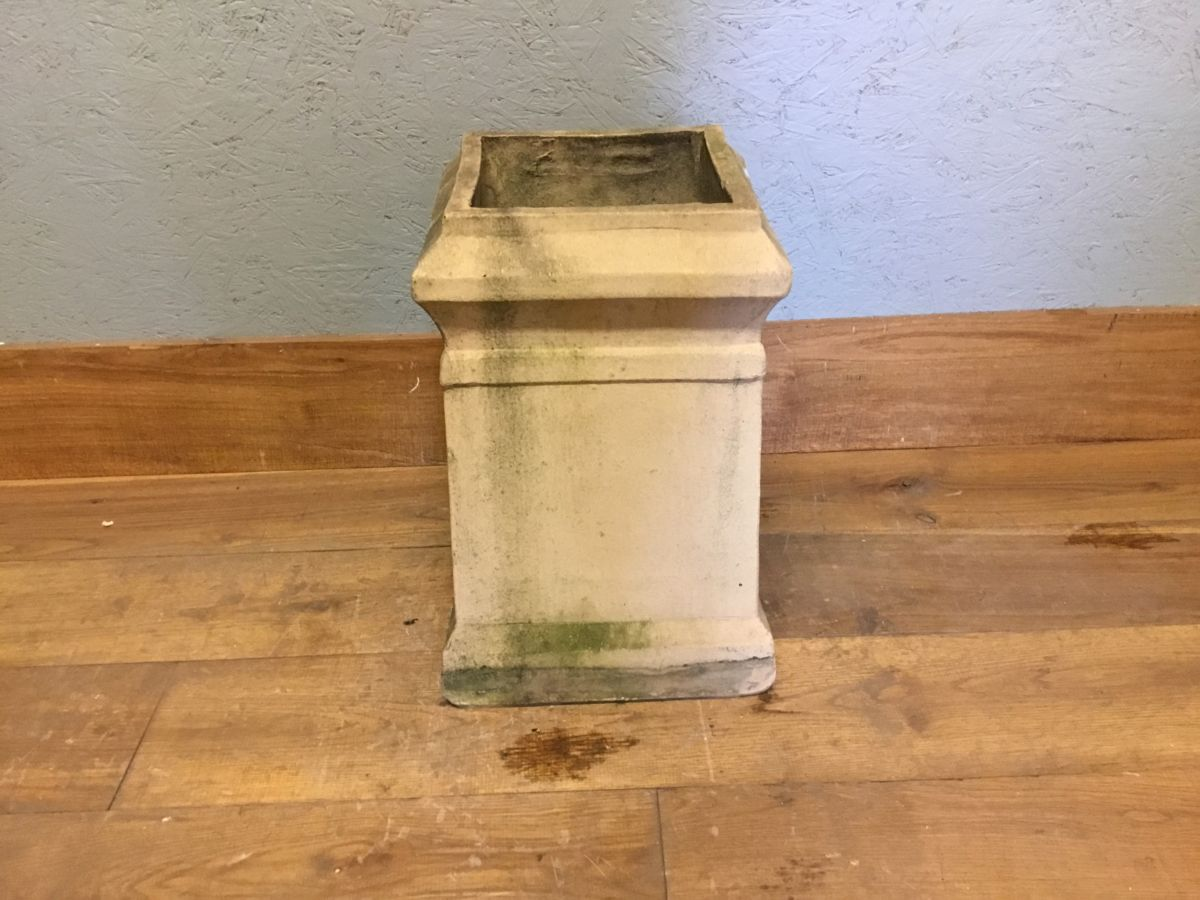 Buff Short Square Reclaimed Chimney Pot