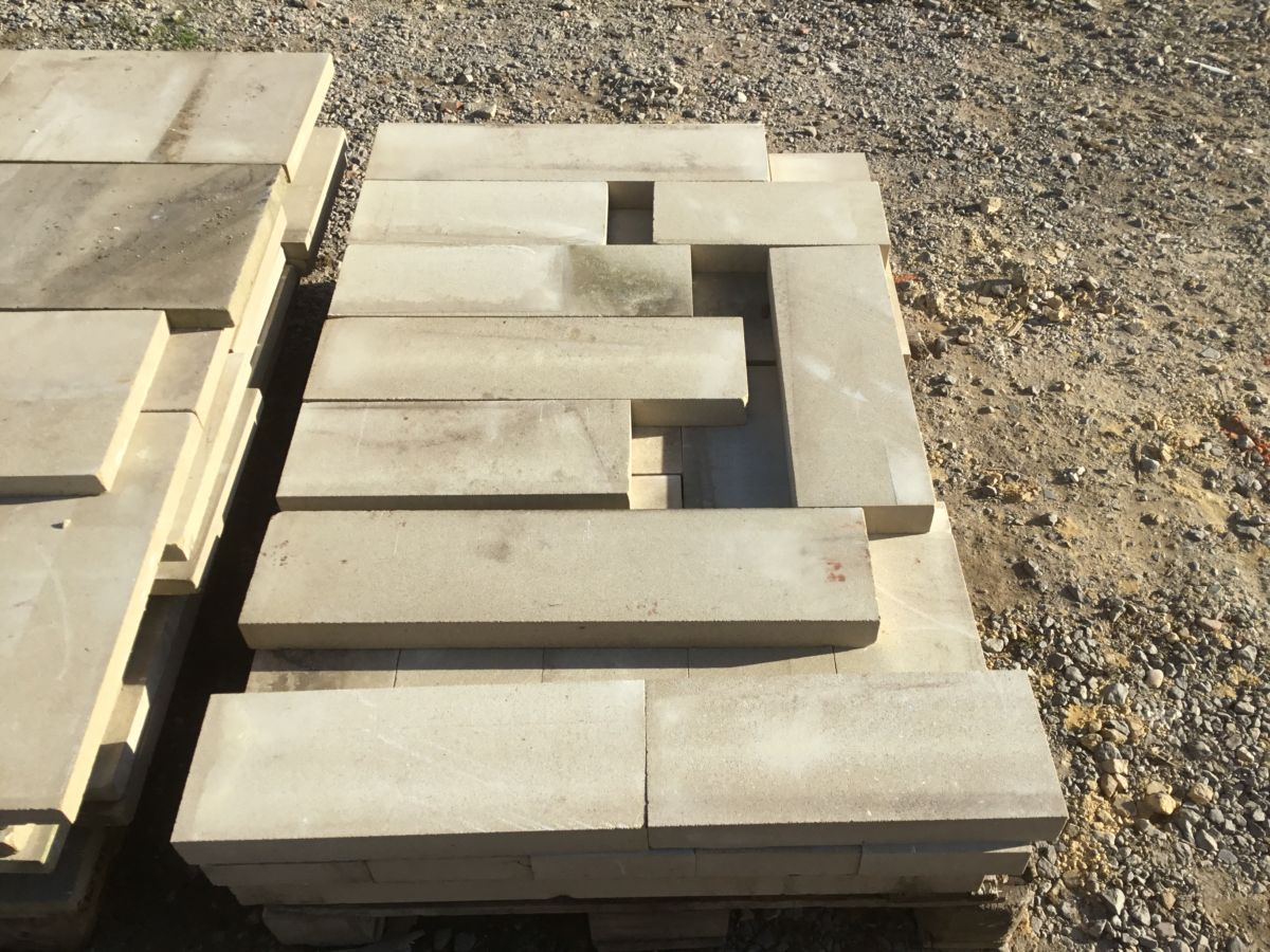 Narrow Reconstituted Stone Coping