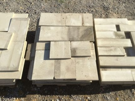 Reconstituted Pale Stone Coping
