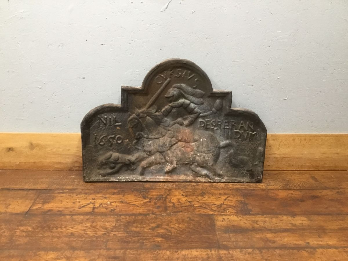 1650 Knight On Horse Cast Iron Fire Back