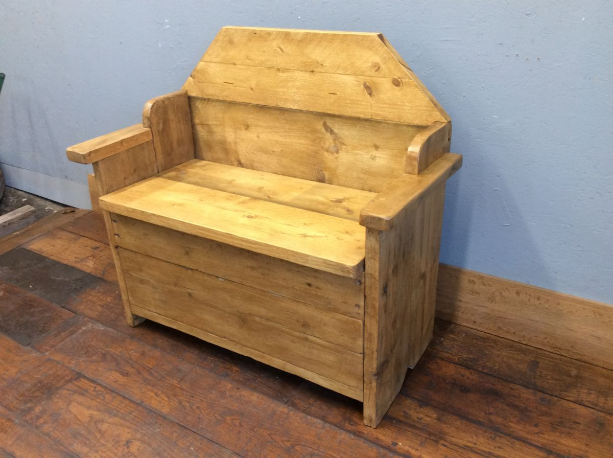 Pine Breeze Wooden Bench W Storage
