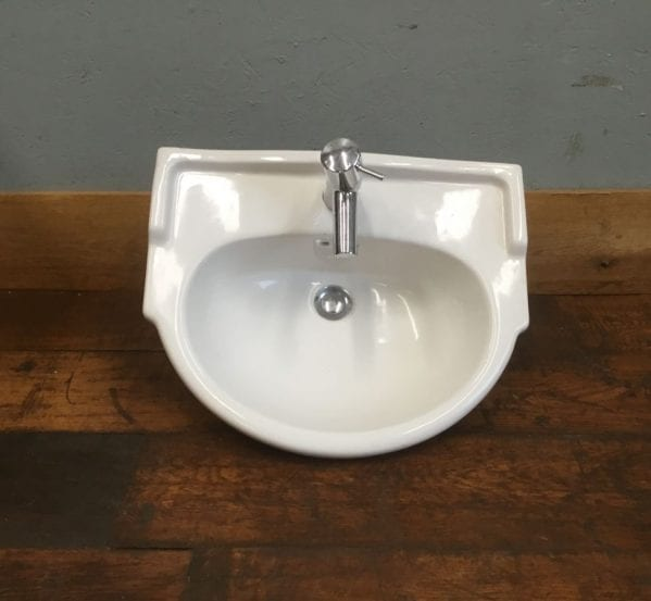 Wall / Unit Mounted Sink