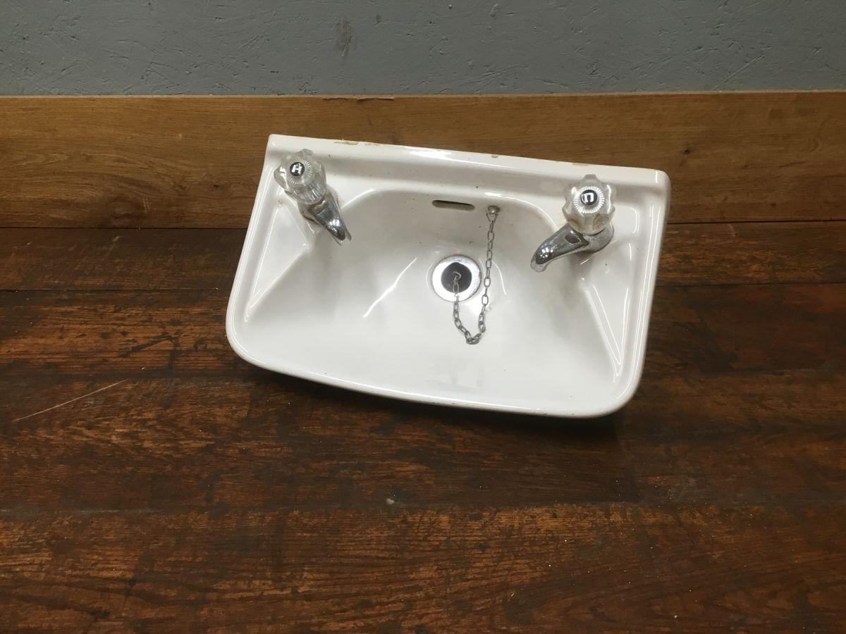 Slim Sink & Taps