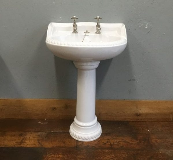 Vernon Tutbury White Sink & Pedestal