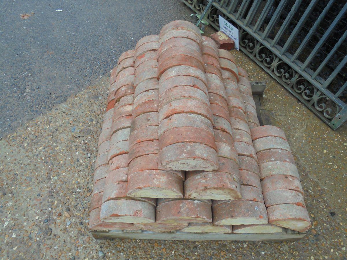 Reclaimed Half Moon Coping Bricks