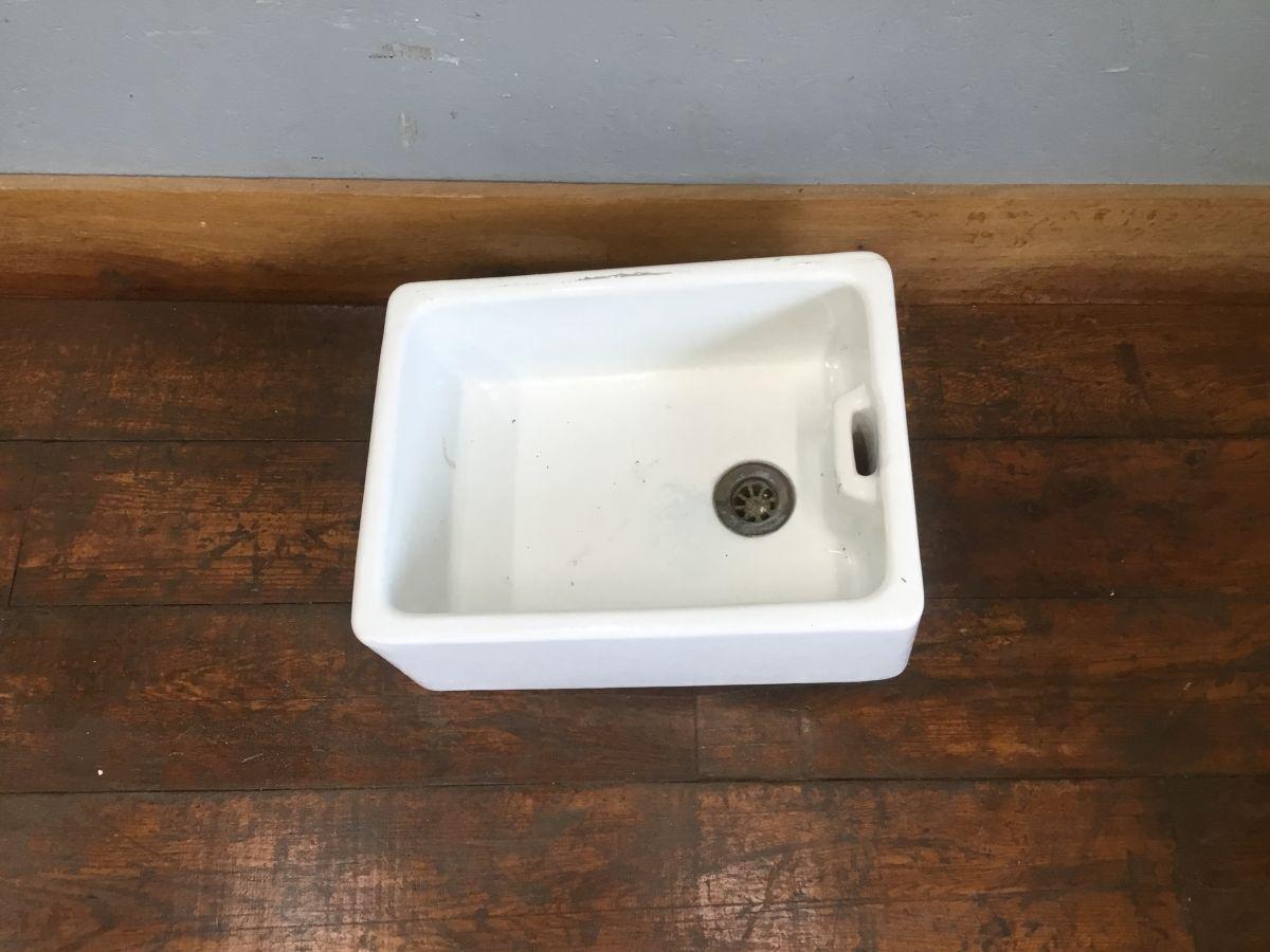 Royal Doulton Butler Sink