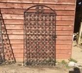 Clover Pattern Single Iron Gate